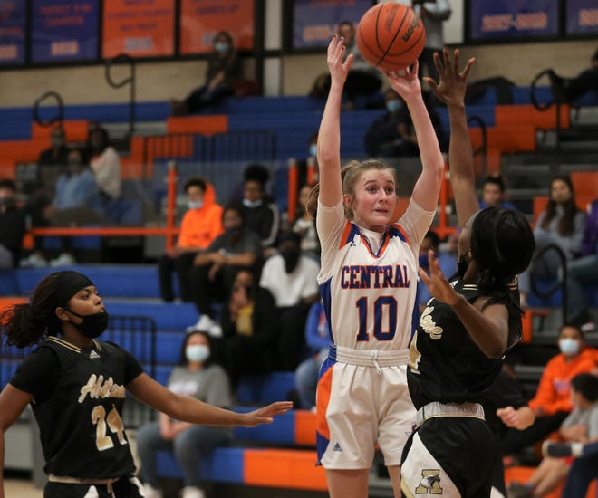 San Angelo Central's Arden Neff puts up a shot during a District 2-6A game against Abilene High at Babe Didrikson Gym on Monday, Jan. 25, 2021.
