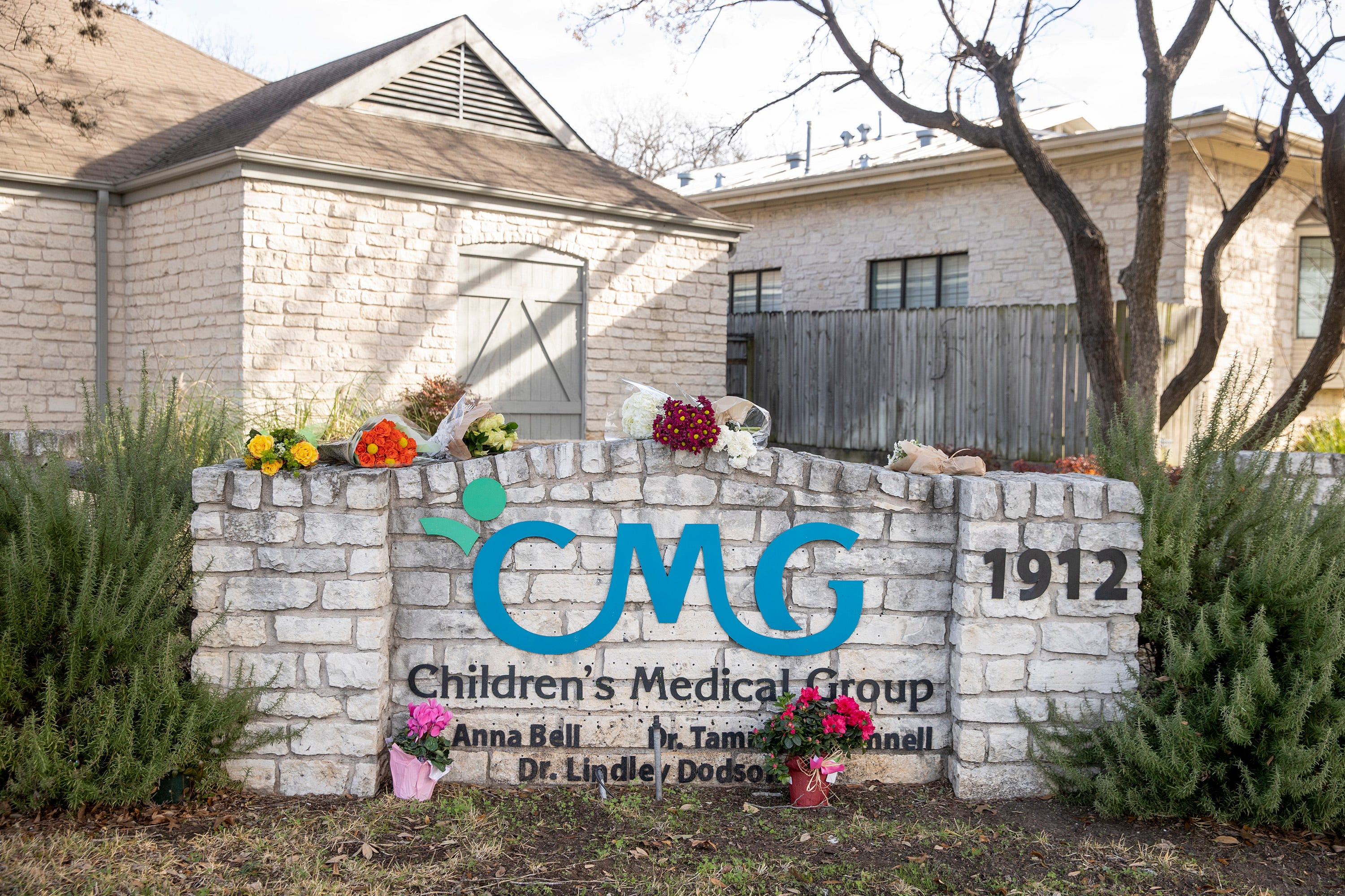 CMG employee recounts escaping the Austin hostage situation