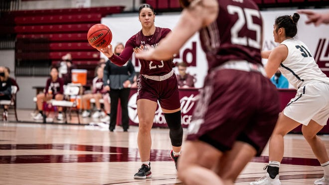 The Lady Buffs' Braylyn Dollar finished the night going 5-of-10 from the field and 3-of-3 from the charity stripe with five rebounds and two assists.