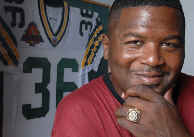 Former Green Bay Packs safety LeRoy Butler, a Lee High graduate, made it as a Pro Football Hall of Fame finalist for the second straight year, but was informed he fell short of the necessary votes for induction Tuesday by HOF president Dave Baker.