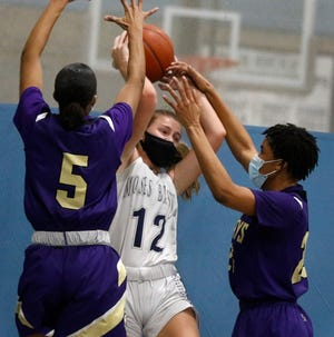 Maura O'Malley and the Moses Brown girls basketball team is set to travel to Barrington to take on the Eagles Thursday at 7 p.m.