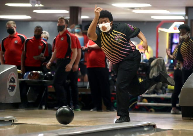 In his first year as a starter, senior Cris Weatherly was averaging 186.1 through 16 games to lead the Reynoldsburg boys bowling team.