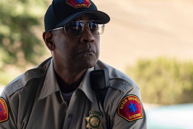 """Denzel Washington stars as a former LAPD detective back on the case in """"The Little Things."""""""