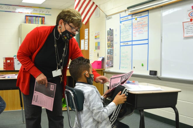 Spirit Elementary ESOL teacher Nitza Morales-Torres helps students and families learn English and navigate the education system.