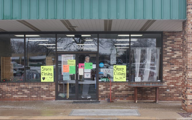 Amanda's Closet Consignment Shop at 3249 Court St., Pekin is closing Sunday after 12 years in business.