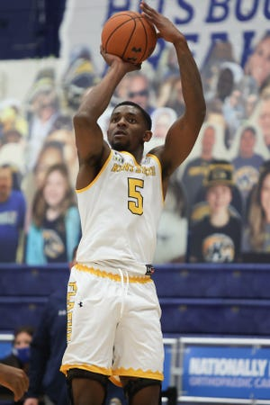 Senior forward Danny Pippen joined Kent State's 1,000-point club on Tuesday, when he tied his career high with 34 points in a victory over Bowling Green at the M.A.C. Center.