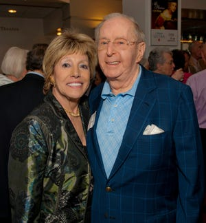 New College of Florida will receive a $4 million gift, the largest in the school's history, from the estate of Lee and Bob Peterson, longtime Sarasota philanthropists who focused their efforts on mental health and the arts. Bob Peterson spent many years on the New College Board of Trustees.