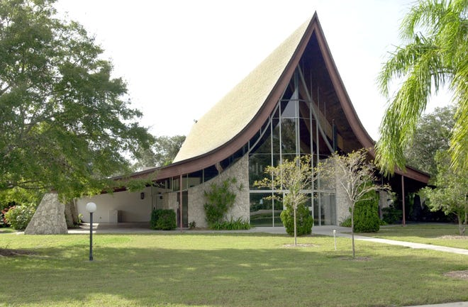 St. Paul Lutheran Church in Sarasota was designed in 1958 by Victor Lundy, who did an all-concrete addition in 1969.