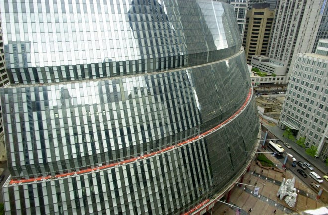 The James R. Thompson Center, Illinois' state headquarters in downtown Chicago, is seen on May 23, 2003. The state plans to move out of the building after the purchase of a 17-story building in Chicago's West Loop.