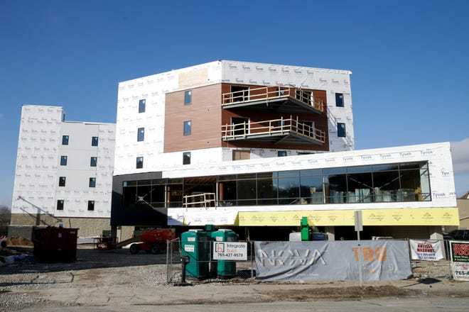 Construction continues on Nova Tower, 200 block of S. Fourth Street, Thursday, Jan. 28, 2021 in Lafayette.
