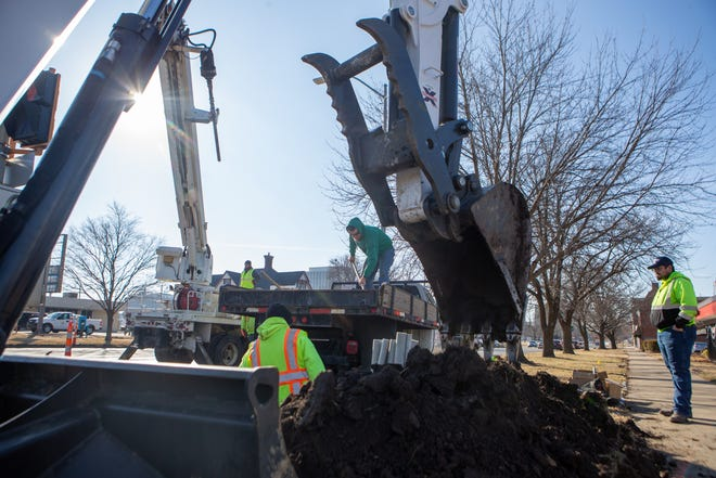 The Topeka City Council approved $136.4 million in street work and $256 million in utility work for projects scheduled between 2022 and 2031.