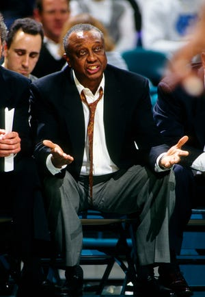 Temple coach John Chaney pleads his case on the sideline during the 1994-95 season.