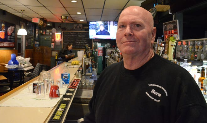 Norm Downey is preparing to re-open the Lakeview Lounge in Battle Creek on Monday.  (Trace Christenson)