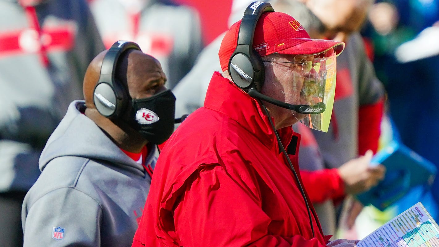 Chiefs' Andy Reid, Eric Bieniemy take players' input for exotic plays that spice up the offense