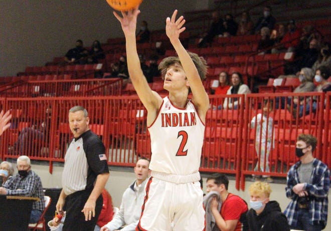 Plainview's Cooper Roskam scored all of his team-high 15 points via 3-pointers on Friday during a 68-49 setback to No. 17-ranked Tishomingo.