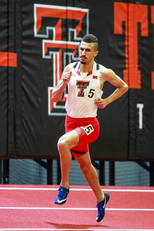 L'étudiant diplômé de l'Université Texas Tech, Taqiuddin Hedeli est classé cinquième au monde dans la course de 800 m cette saison et troisième au monde dans le mile.  Il a battu le record de l'école ce dimanche dernier, d'une durée de 3 minutes 56,79 secondes lors d'une rencontre de l'American Track League télévisée sur ESPN.