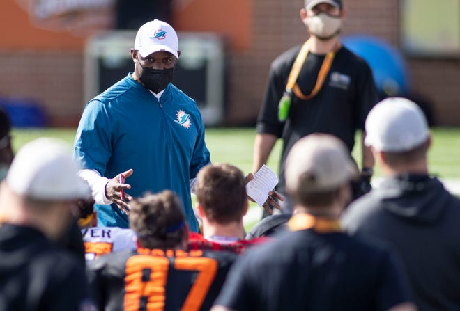 Brian Flores of the Miami Dolphins coached the National Team at the Senior Bowl in Mobile, Alabama. [VASHA HUNT/USA TODAY Sports]