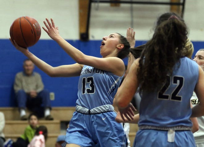 Tori Viau and the Johnston girls basketball team hosts Juanita Sanchez Saturday afternoon.