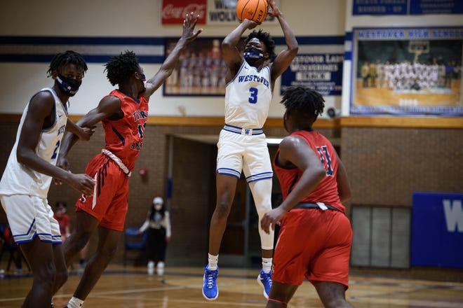 Westover basketball standout D'Marco Dunn (3), who signed with UNC in November, was surprised Thursday by the news of Roy Williams' retirement.