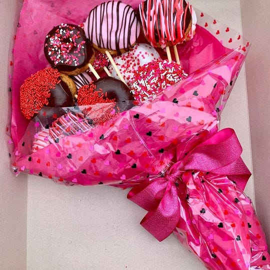 Doughnut bouquet by Top That Donut