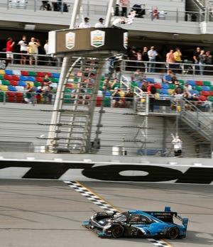 O número 10 Acura DB dá o trabalho para vencer o Rolex 24 em Daytona no domingo. O evento de entretenimento sempre contou com outro bom show em 59 direto. Agora, a NASCAR adquire o Daytona International Speedway, pois sua edição de 2021 do Speedweeks estará na cidade a partir de 9 de fevereiro.