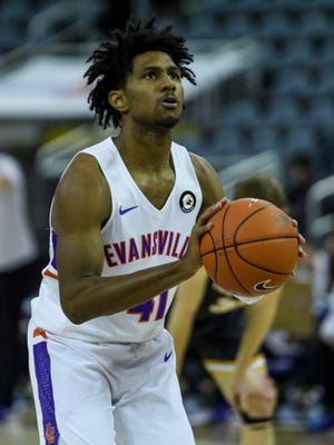 University of Evansville's Samari Curtis (41) shoots a free-throw during the first half against the Valparaiso University Crusaders at Ford Center in Evansville, Ind., Sunday, Jan. 31, 2021. The Purple Aces defeated the Crusaders, 70-52.