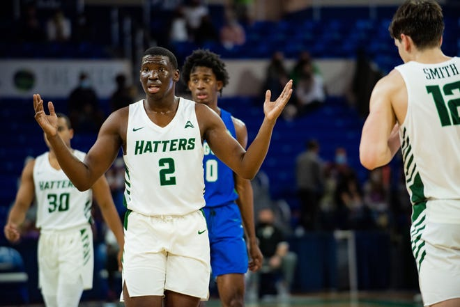 Rob Perry scored 30 points to lead Stetson over host Florida Gulf Coast, 77-66, late Saturday in Fort Myers.