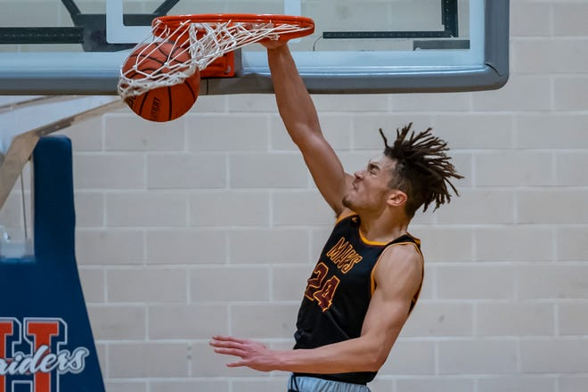 Leyton McGovern helped McCutcheon go 5-0 against sectional opponents in the regular season.
