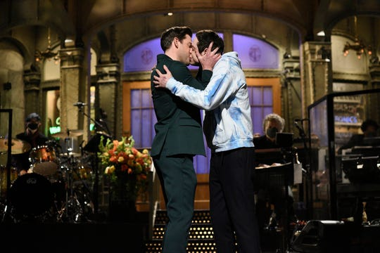 "Made a big deal about kissing John Krasinski and Pete Davidson ""Saturday Night Live"" It is not the same as accepting gays and couples as they are."
