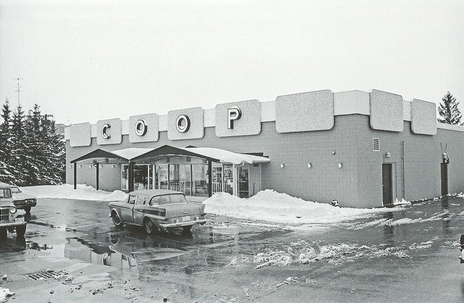 The Co-op grocery store in Gardner circa 1967.