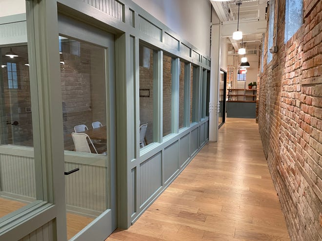East West Partners led the renovation of the historic Gaylord Building into the new Common Desk coworking space, which is an alternative to the traditional office enviromment.