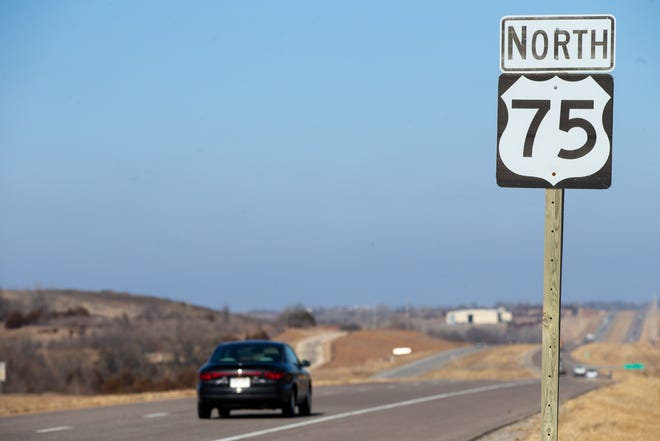 Four Topekans were killed late Sunday in a traffic crash on US-75 highway in southeast Nebraska.