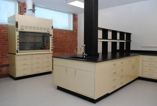 Lab suite at Cummings Properties.