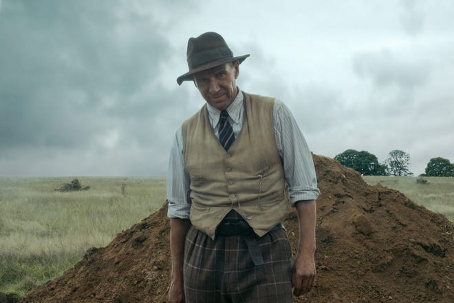 """Ralph Fiennes as Basil Brown, excavator, in """"The Dig."""""""