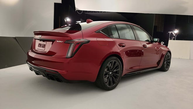 Quad pipes and defuser distinguish the rear end of the Cadillac CT5 V-Series Blackwing.