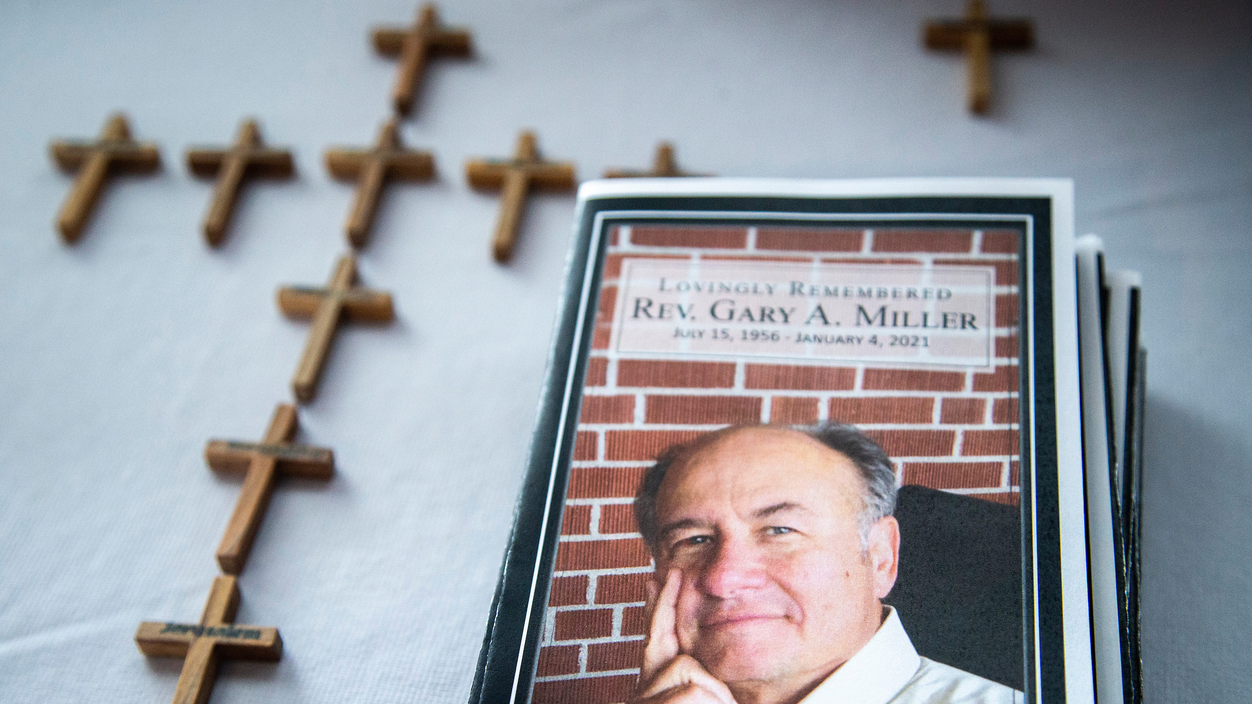 Rev. Gary Miller, pastor for 3 decades, dies of COVID-19