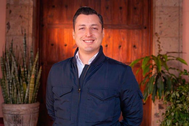 El candidato Luis Donaldo Colosio Riojas, mientras posa en México.