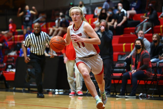 Mia Galbraith, a sophomore guard for Lake Travis, had the top performance in the district's biggest game of the week with 25 points in the Cavs' win over Westlake. She hit two 3-pointers, sank nine of 10 free throws and scored seven points in Lake Travis' key 10-0 run late in the third quarter.