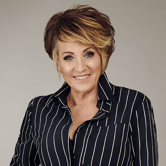 Singer and actress Lorna Luft, younger daughter of Judy Garland, is the special guest of the 12th Annual Tidewell Foundation luncheon. She will speak about the importance of hospice and sing.