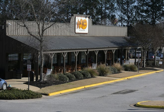 The Cracker Barrel in Tuscaloosa is seen, February 2, 2021. The restaurant chain has recently begun offering a selection of alcoholic beverages. [Staff Photo/Gary Cosby Jr.]