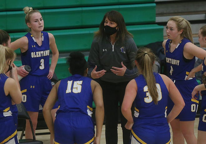 Olentangy coach Kate Cummings has seen her team battle through COVID-19 issues and uncertainty to contend for its first league title since 2016. The Braves were 11-4 overall and 6-1 in the OCC-Cardinal before playing Hilliard Darby on Feb. 5.