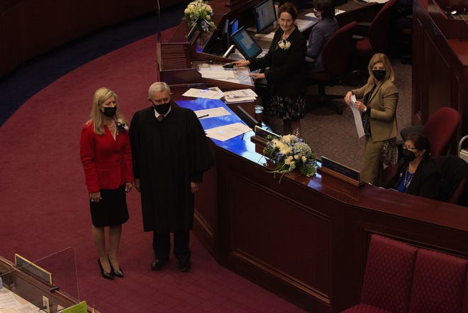 Assemblywoman Lisa Krasner and Nevada Supreme Court Chief Justice James Hardesty on the first day of the 81st session of the Nevada Legislature in Carson City on Monday, Feb. 1, 2021. (David Calvert/The Nevada Independent)