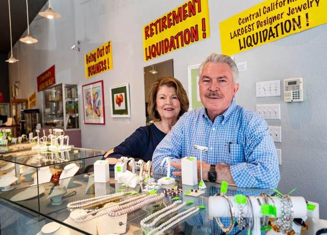 Michael Phelps and his wife Nancy Phelps are retiring and closing MichaelÕs Jewelry after operating in Downtown Visalia for 47 years. The sale begins Wednesday.