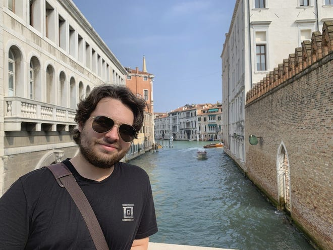Duncan Lemp, here in Venice, Italy, in 2019, was killed in 2020 during a no-knock raid in Potomac, Maryland.