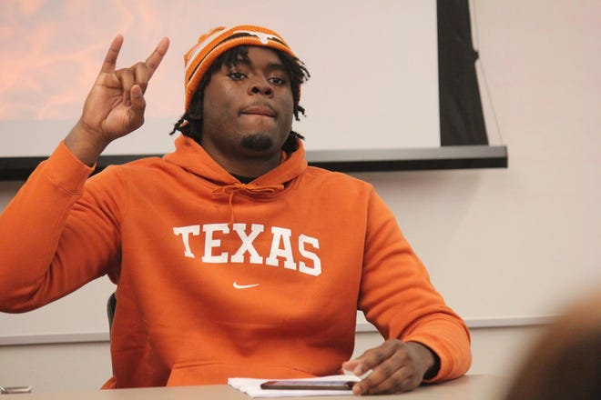 Mansfield Legacy defensive end David Abiara is a four-star recruit who signed with Texas on Feb. 3, 2021.
