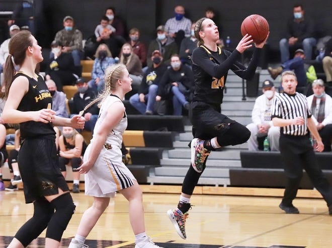Central Lee senior Mya Merschman goesin for a layup in the Hawks win over New London at New London. Merschman poured in a game-high 39 points.