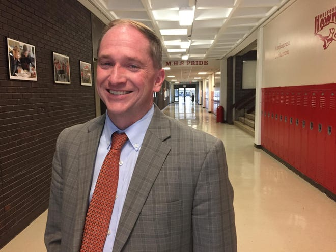 In an email sent to parents earlier this week, Milford Superintendent of Schools Kevin McIntyre apologized for deciding on a half-day school day schedule on short notice while asking them to be understanding and considerate while discussing the issue on social media.