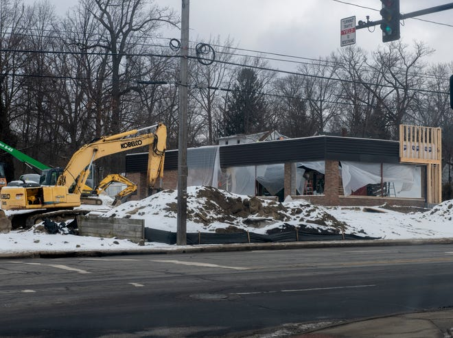 Construction at the remodel site of Wendy's on East Main street in Kent.