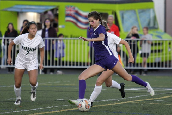 South Eugene's Sahve Beller will continue her soccer career at Utah in 2021. (Zack Palmer/For the Register-Guard)