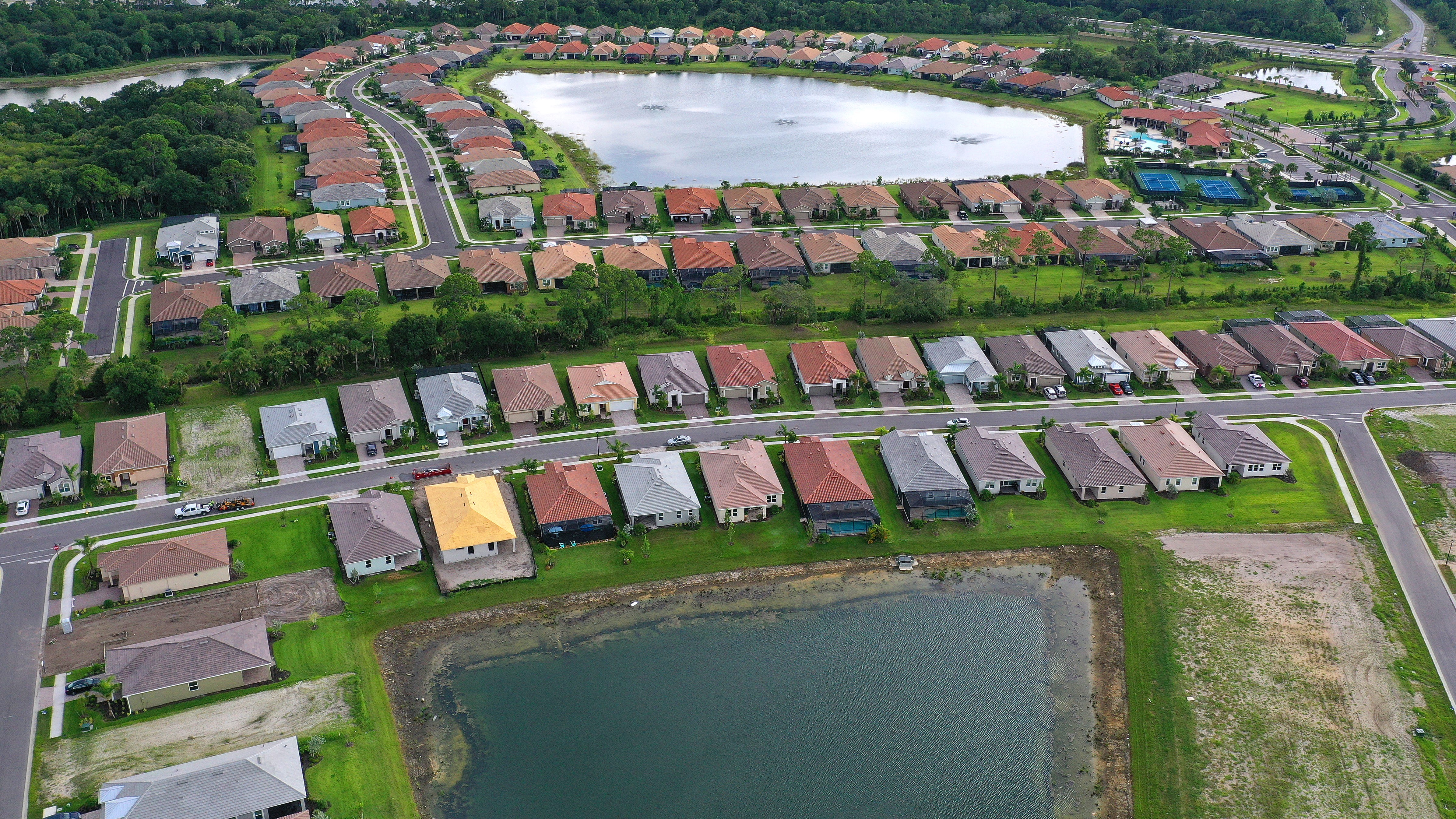 Plan to build 9,000 homes in Sarasota County advances